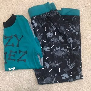 Boys long sleeve / pants pajamas